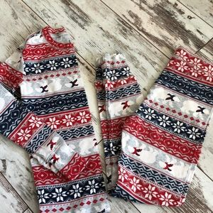 Gap Kids winter print PJ's never worn